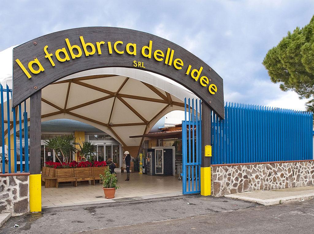 Chiude la fabbrica delle idee live sicilia for Bricolage arredamento
