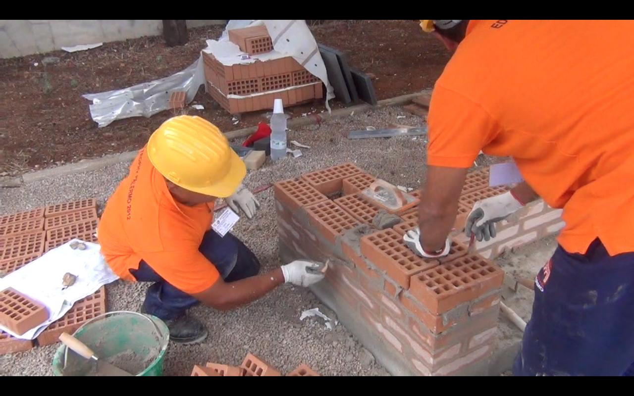 La marcia degli edili su palermo fillea cgil aprire for Subito offerte lavoro catania