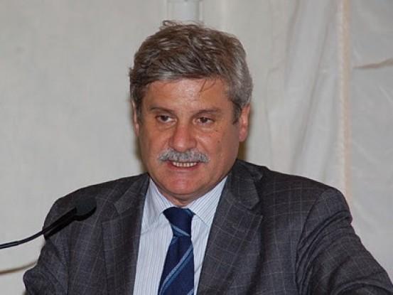 Le foto dei nuovi deputati eletti in sicilia live sicilia for Camera dei deputati live