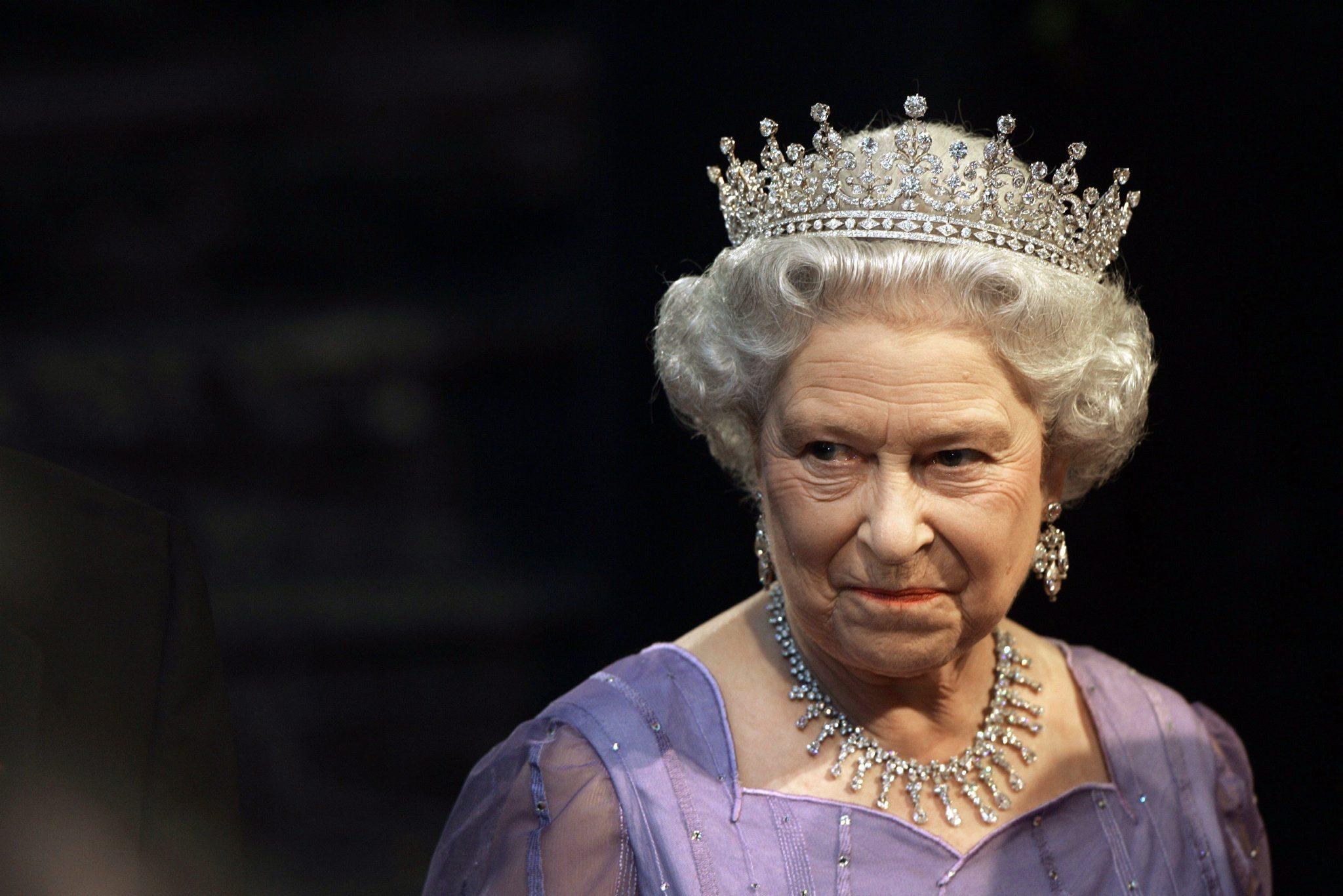 vuoi andare a lavorare per la regina elisabetta live