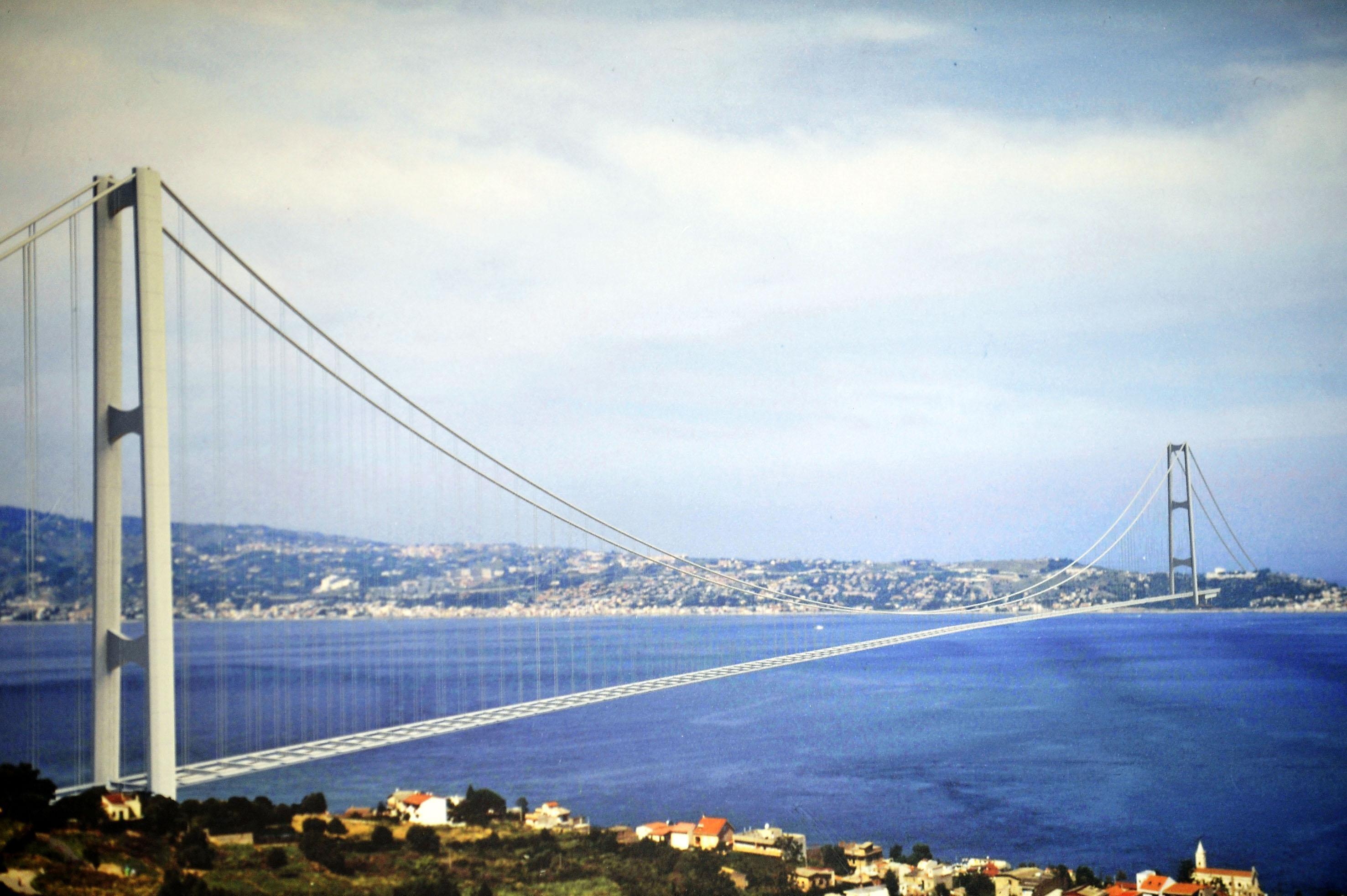 Siamo pronti a fare il ponte sullo stretto live sicilia for Disegni di ponte anteriore