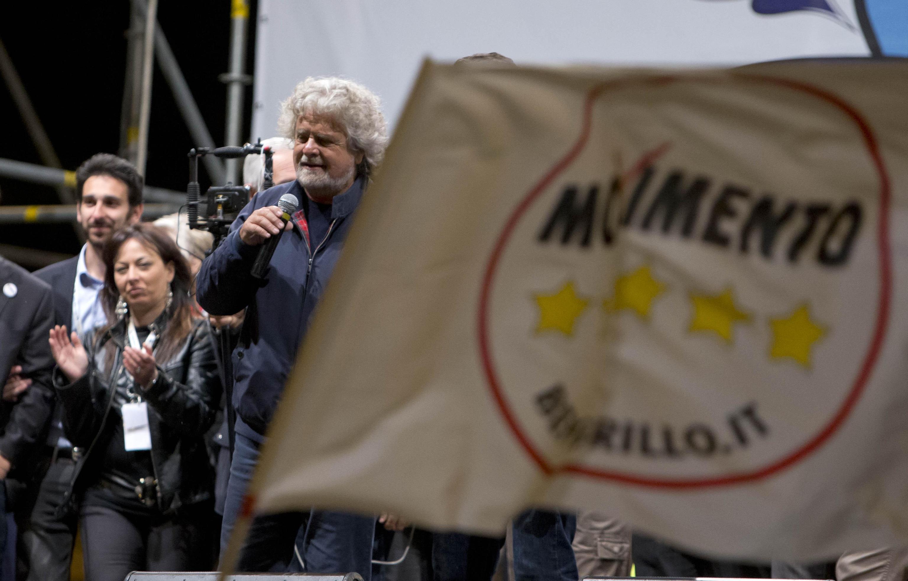 M5s oggi il processo alla dissidente gambaro live sicilia for Parlamentari 5 stelle nomi
