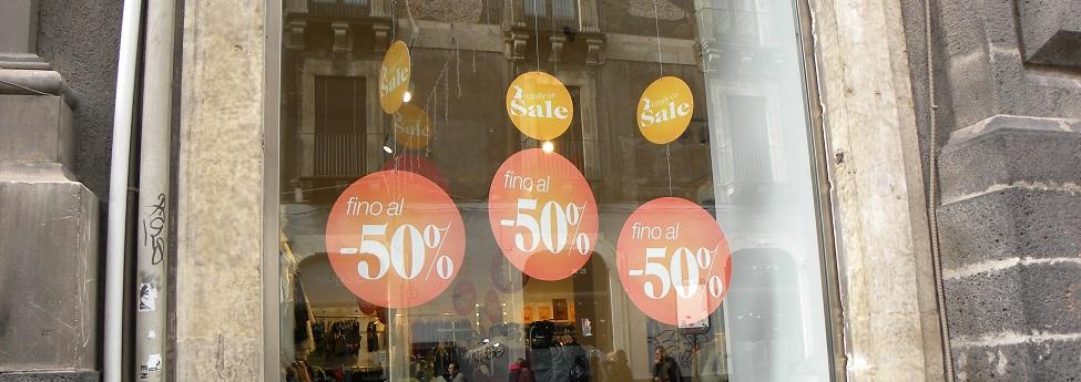 Al via i saldi in tutta Italia|Spenderemo il 20% in meno