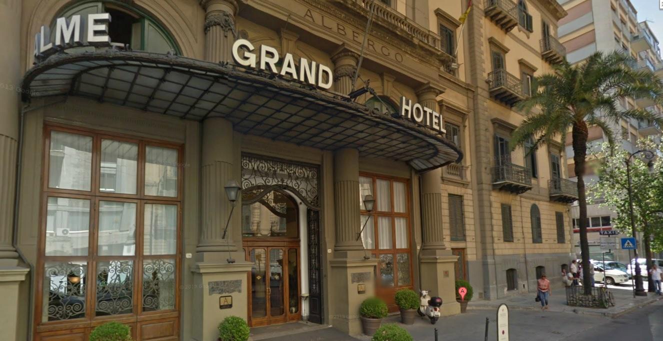 Alberghi di lusso 134 esuberi chiude l 39 hotel delle palme for Alberghi di siracusa