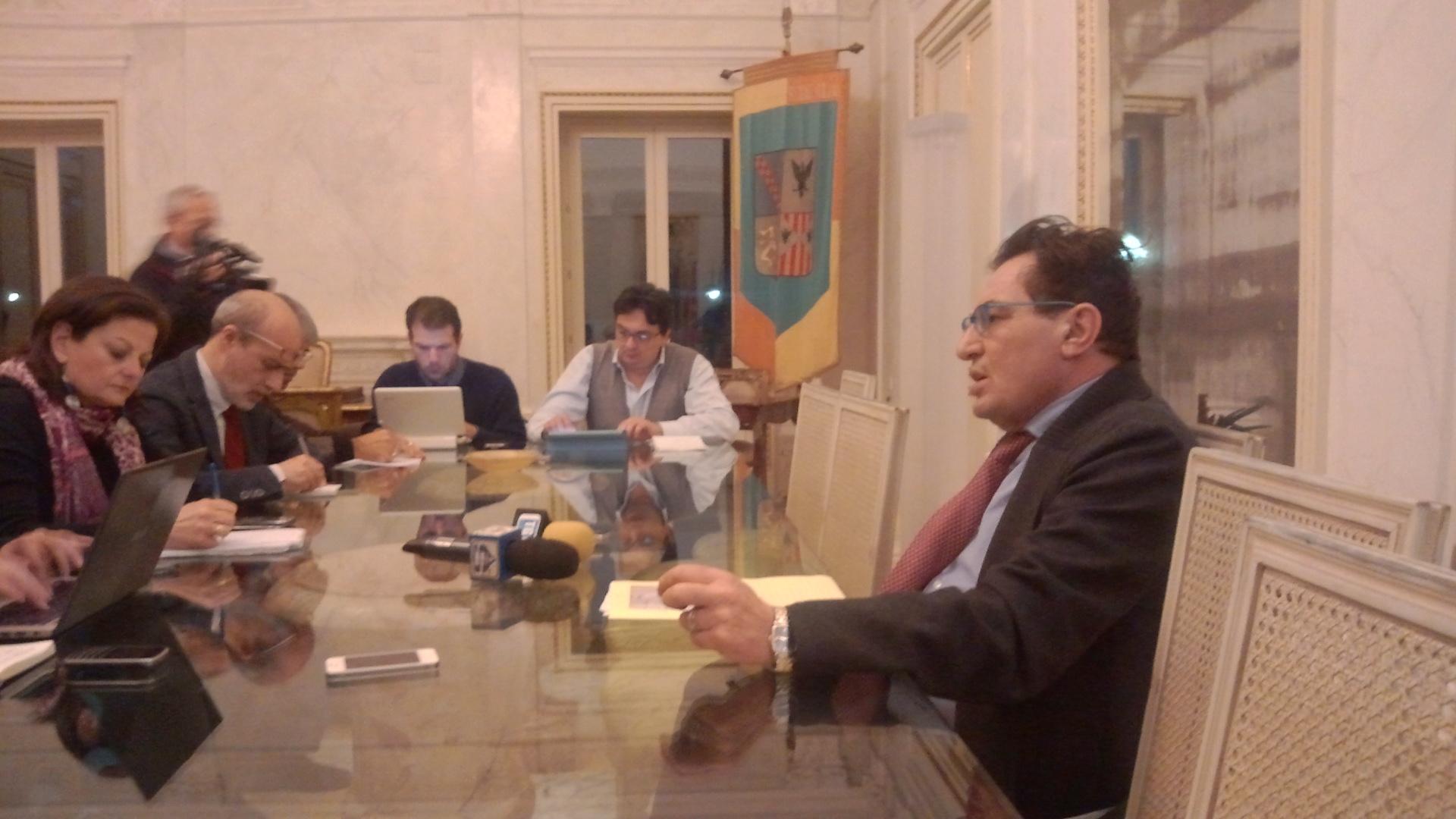 Nasce il Crocetta bis  assegnate tutte le deleghe - Live Sicilia 009ce3a17d91
