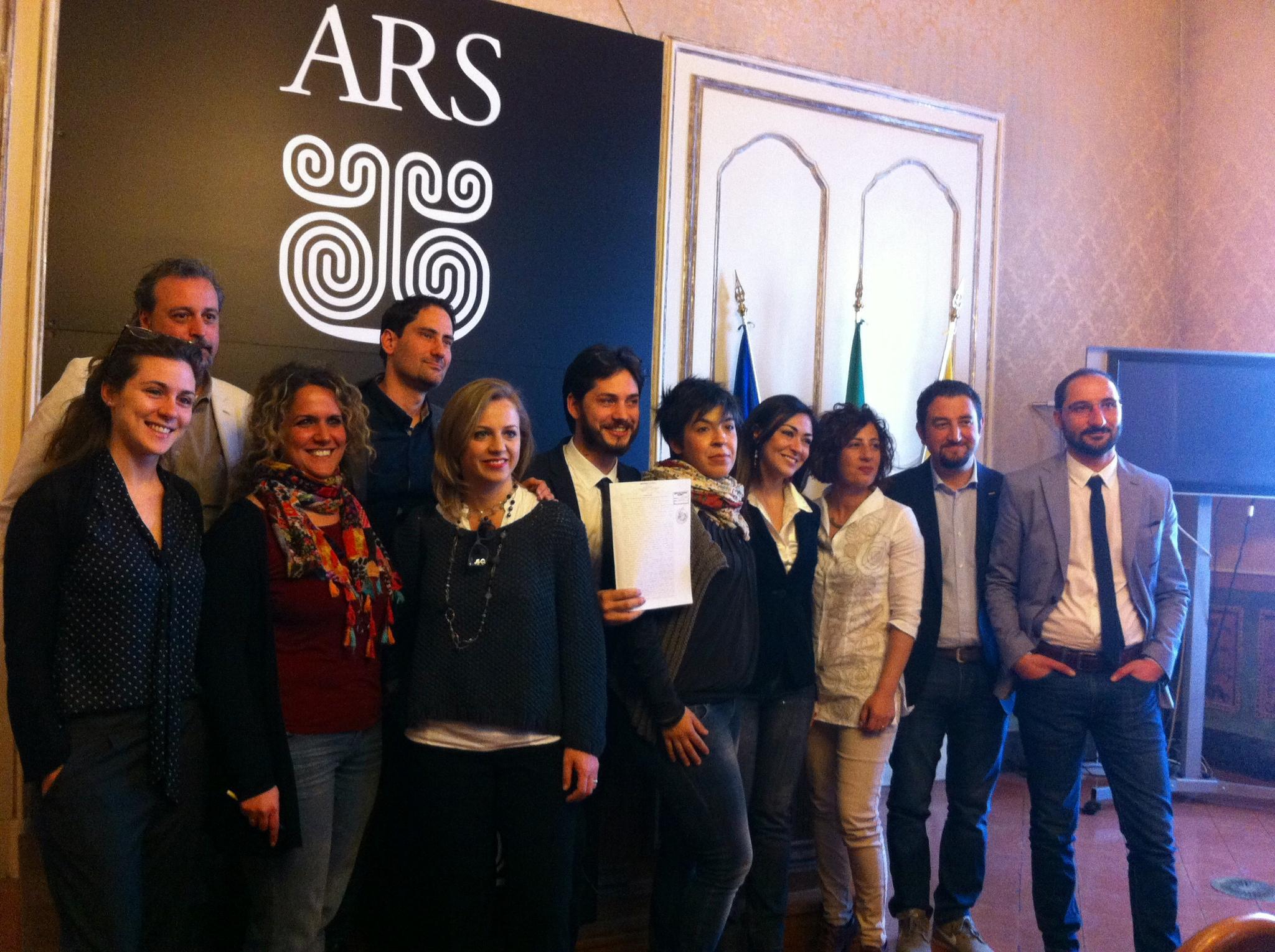 M5s recupero urbano con i soldi dei deputati live sicilia for Deputati cinque stelle