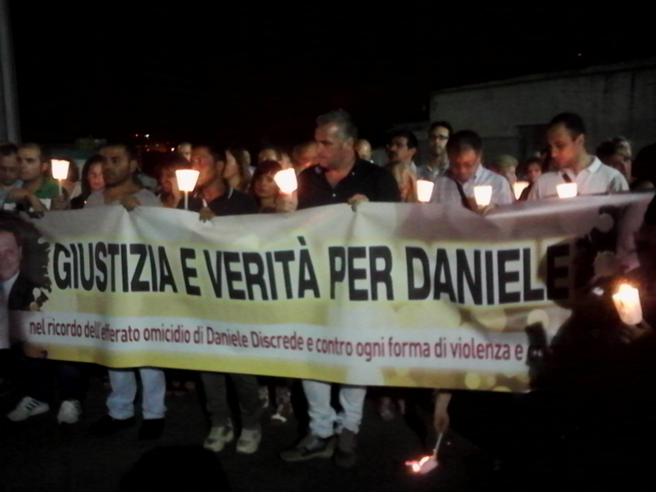 Le Candele Palermo.Candele Accese Per Daniele Discrede Così Muore La Notte Di