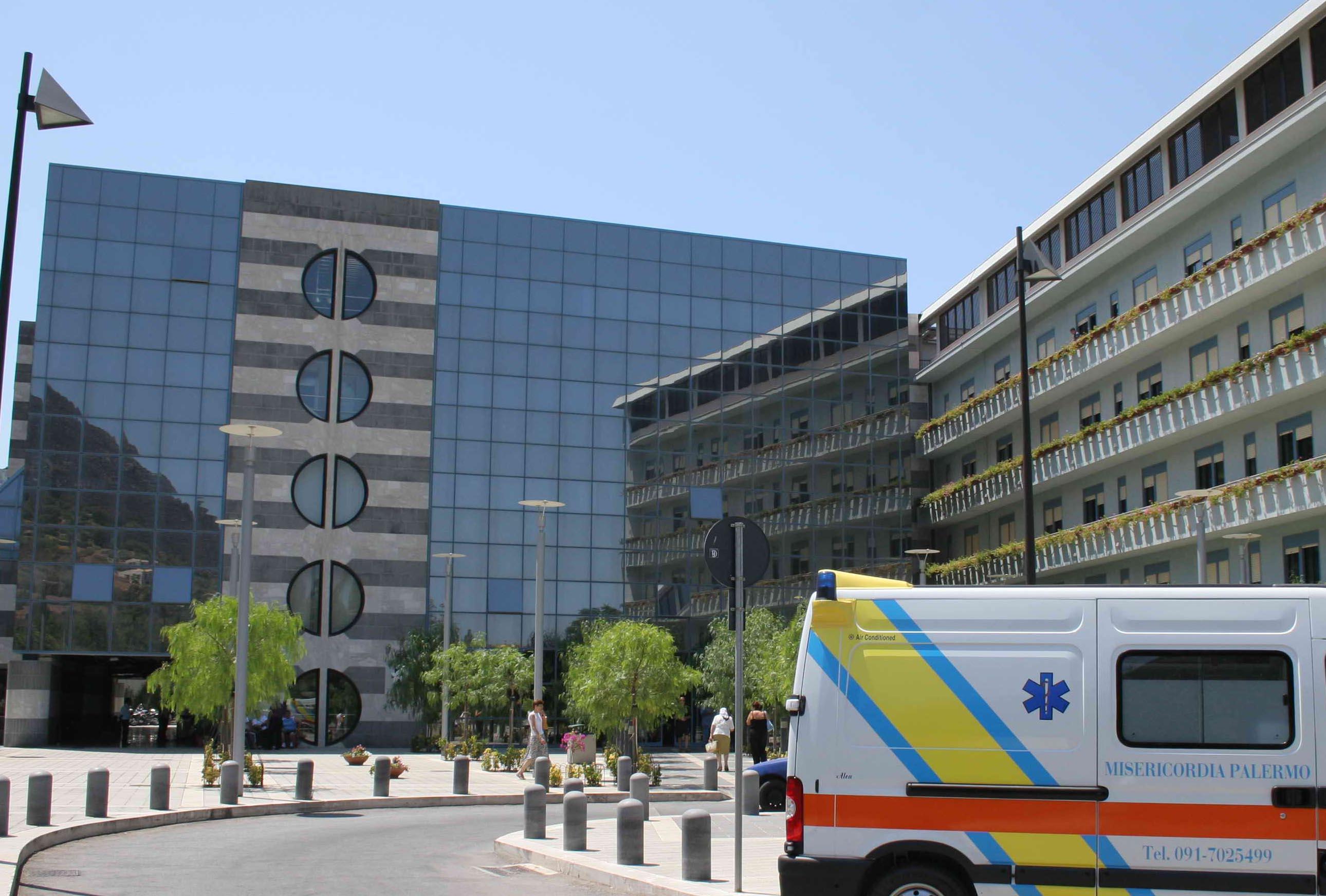 Ospedale Giglio Cefalù, 34 indagati: favorivano pazienti evitando liste d'attesa