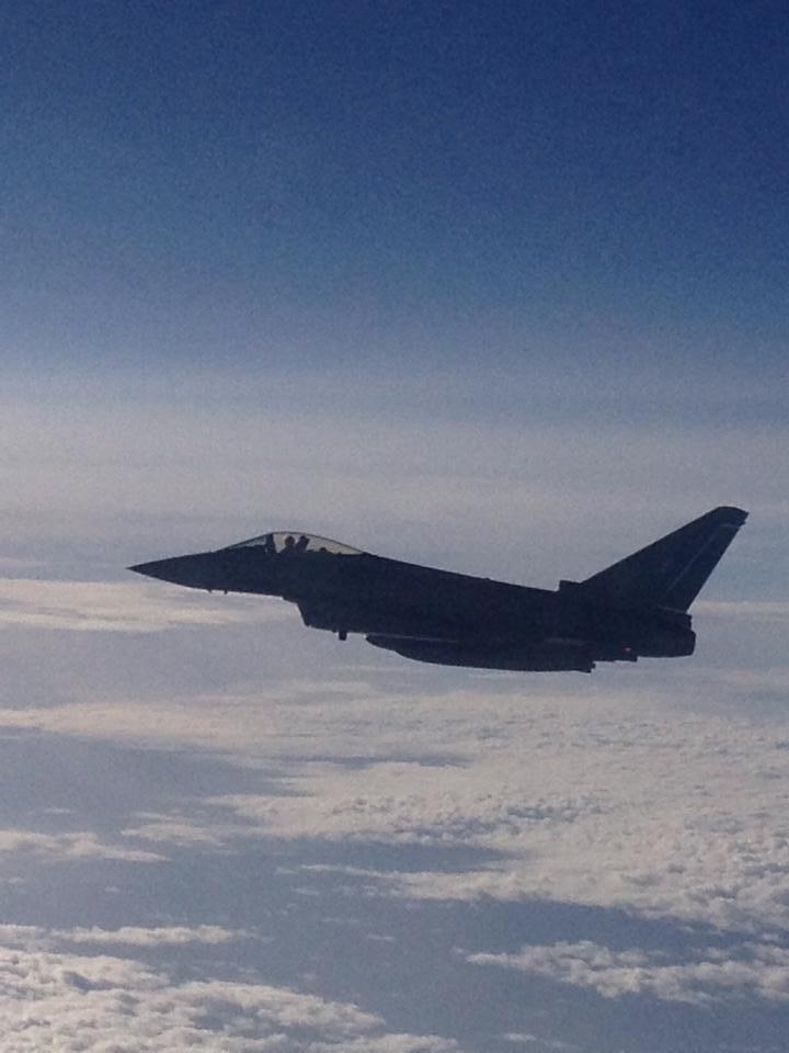 Aereo Di Linea Scortato Da Caccia : L aereo scortato dai caccia il racconto di un palermitano