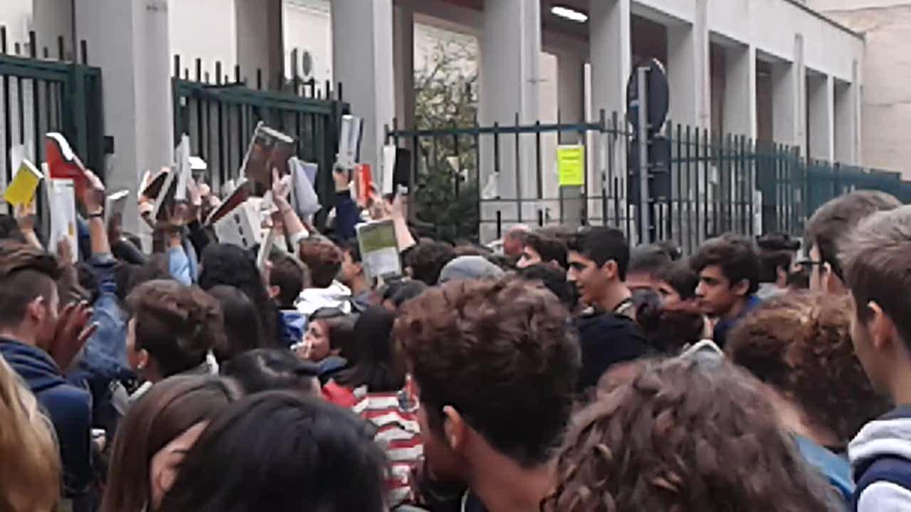 39 disokkupato 39 il liceo cannizzaro c 39 la protesta anti for Liceo umberto palermo