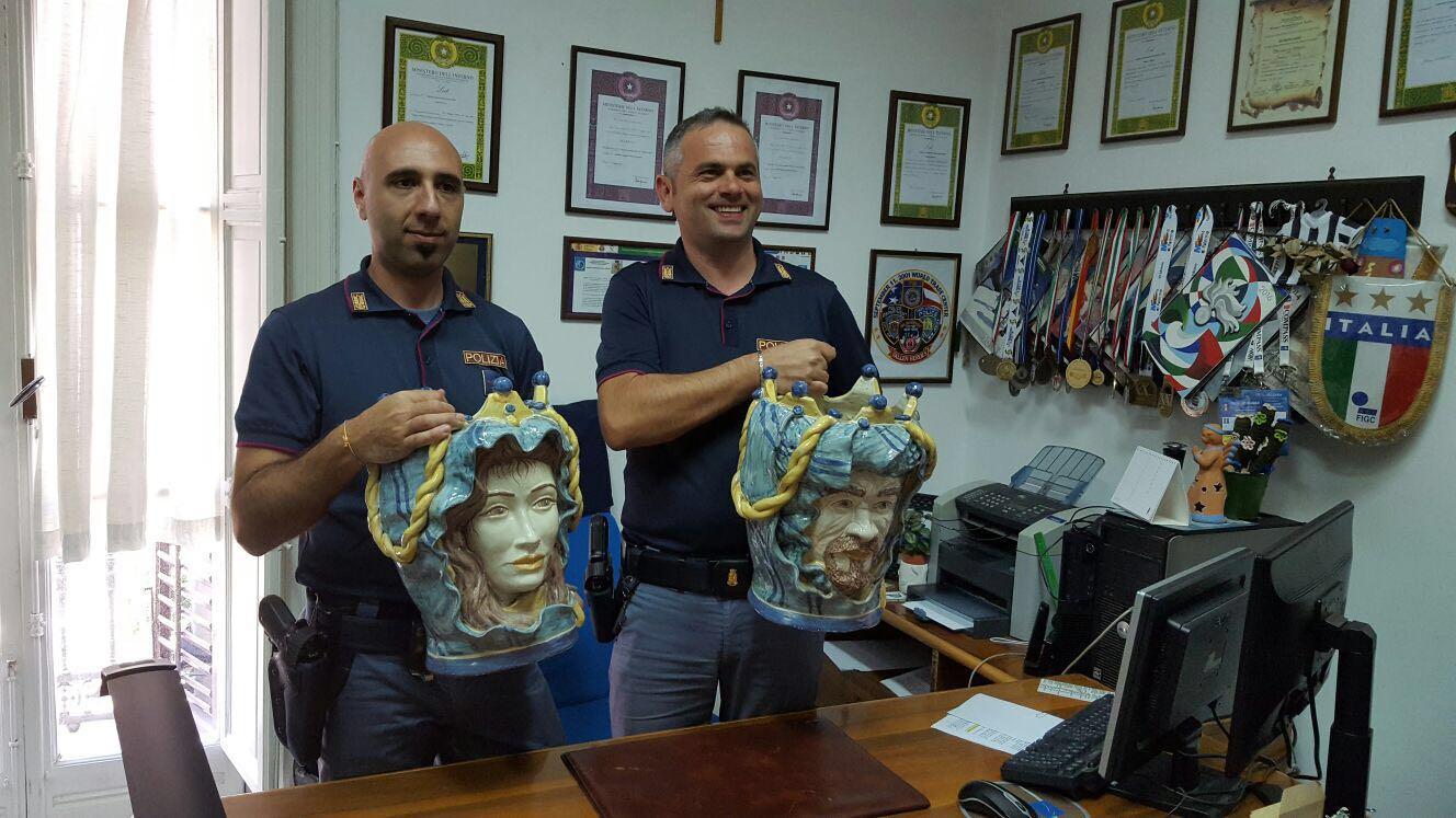 Vasi antichi rubati e in vetrina denunciato un 27enne for Antiquariato palermo