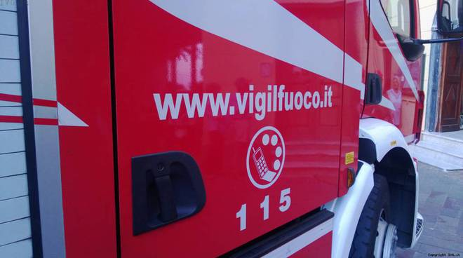 Milano, incendio in scuola elementare di Via Rasori. 500 bambini evacuati