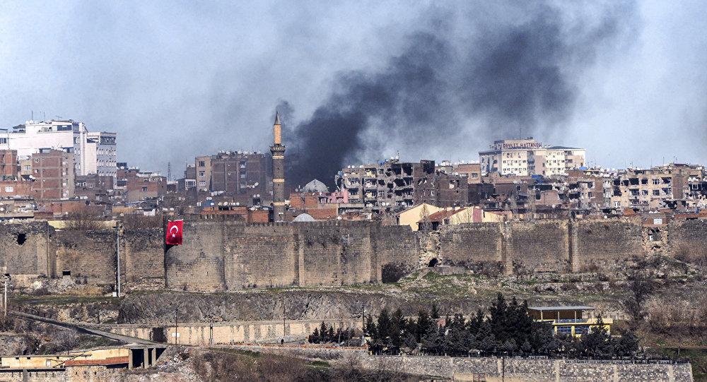 Turchia, esplosione con feriti a nella città kurda di Dyarbakir