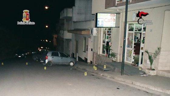 Omicidio Lombardo, le indagini di carabinieri e polizia individuano due basisti