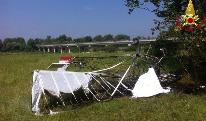 Vicenza, precipita un ultraleggero: muore pilota 67enne