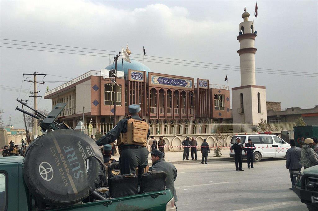 Afghanistan: aspri scontri con talebani in Ghazni