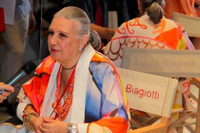 Laura Biagiotti ricoverata, il bollettino medico:
