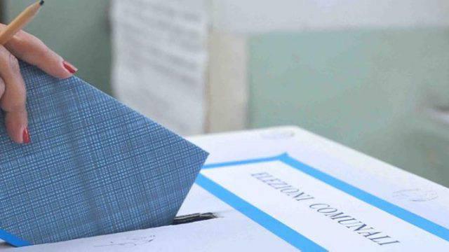 Sant'Antimo, elezioni comunali truccate? 321 schede a casa, già