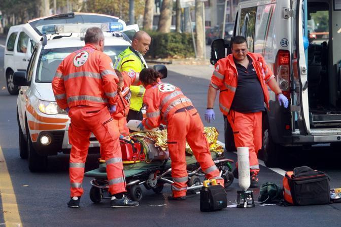 Schianto contro un tir sulla A14 Muore una donna di 59 anni