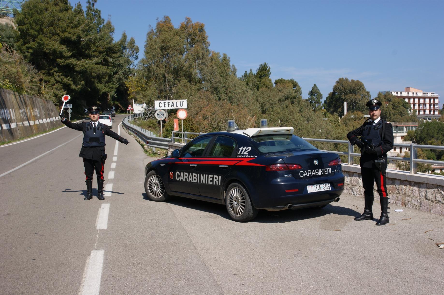 Da Licata con la droga in auto Arrestati due giovani sull'A19
