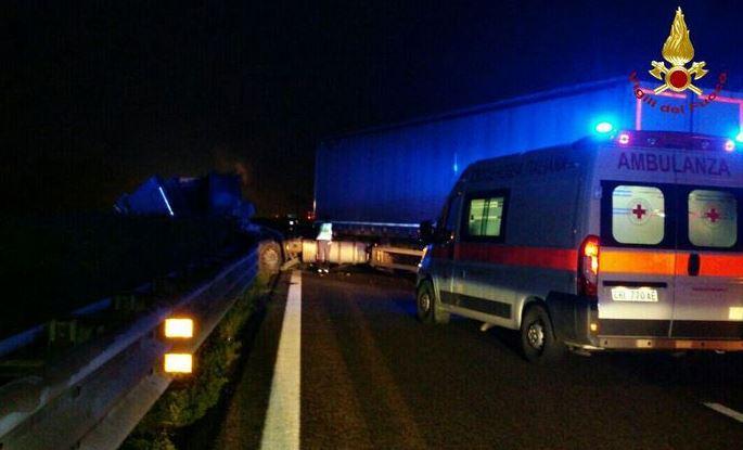 Auto contro camion. Morti due ragazzi vicentini