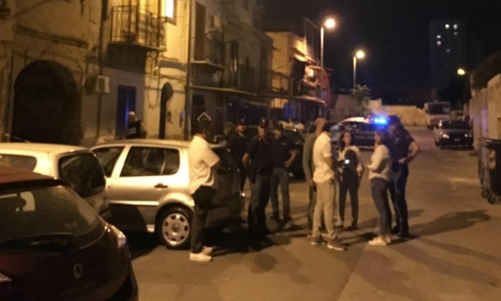 Omicidio all'Acquasanta a Palermo, le immagini da vicolo Pipitone