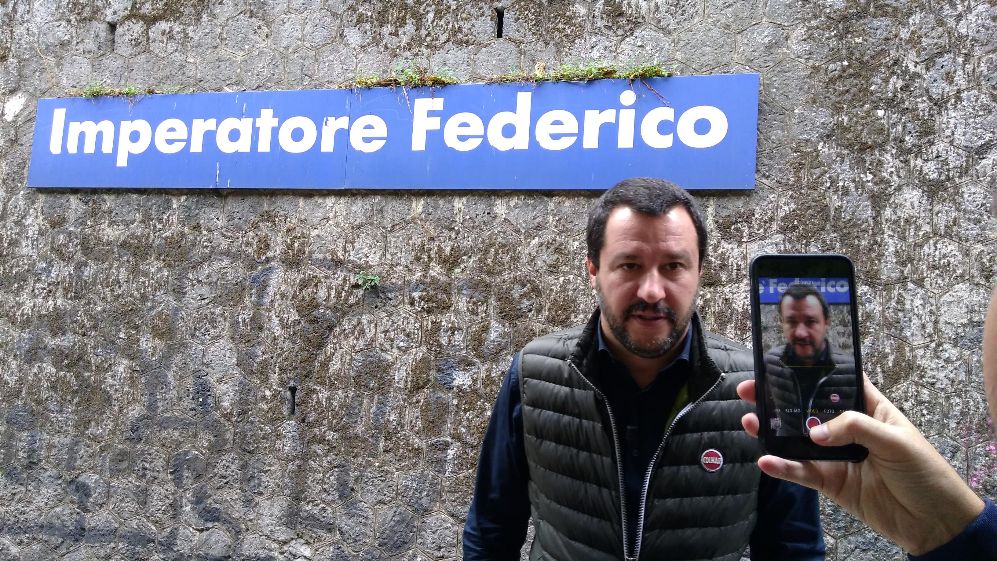 Salvini e il sogno leghista a Roma: Raggi risponde