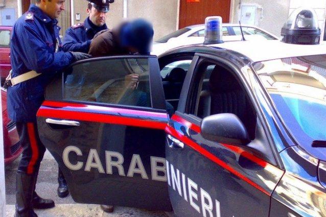 Usurai e assenteisti, 7 arresti a Bari