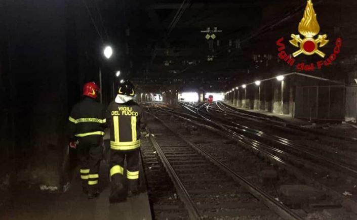 Uomo di 30 anni investito da un treno live sicilia - Treno milano porta garibaldi bergamo ...
