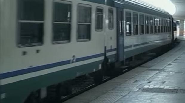 Baby gang semina il terrore sul treno