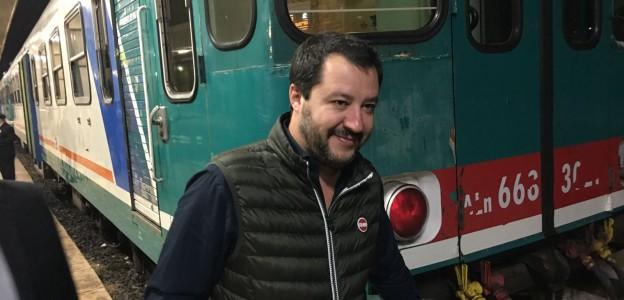 migranti e sbarchi lo stop di Salvini, Salvini e migranti basta sbarchi, sbarchi lo stop di Salvini