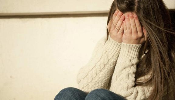 Bullismo in una scuola media ad Augusta, picchiata perché