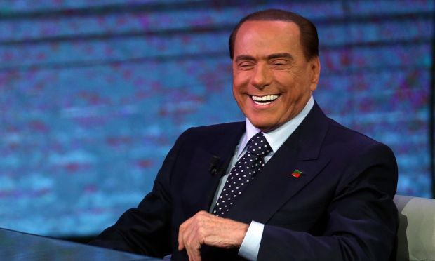 Berlusconi con Deneuve: 'Ha detto cose sante'