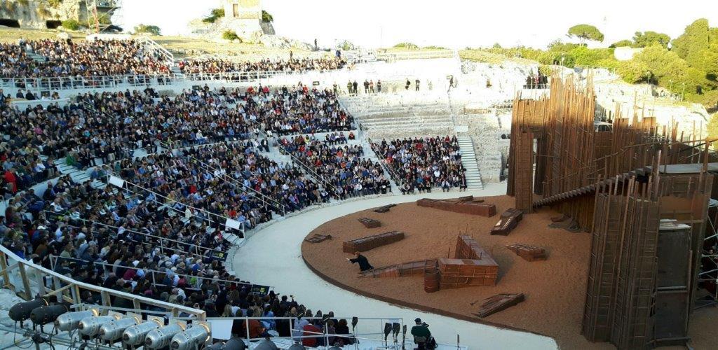 """""""Le nuvole di Aristofane"""" debutta al Teatro greco"""