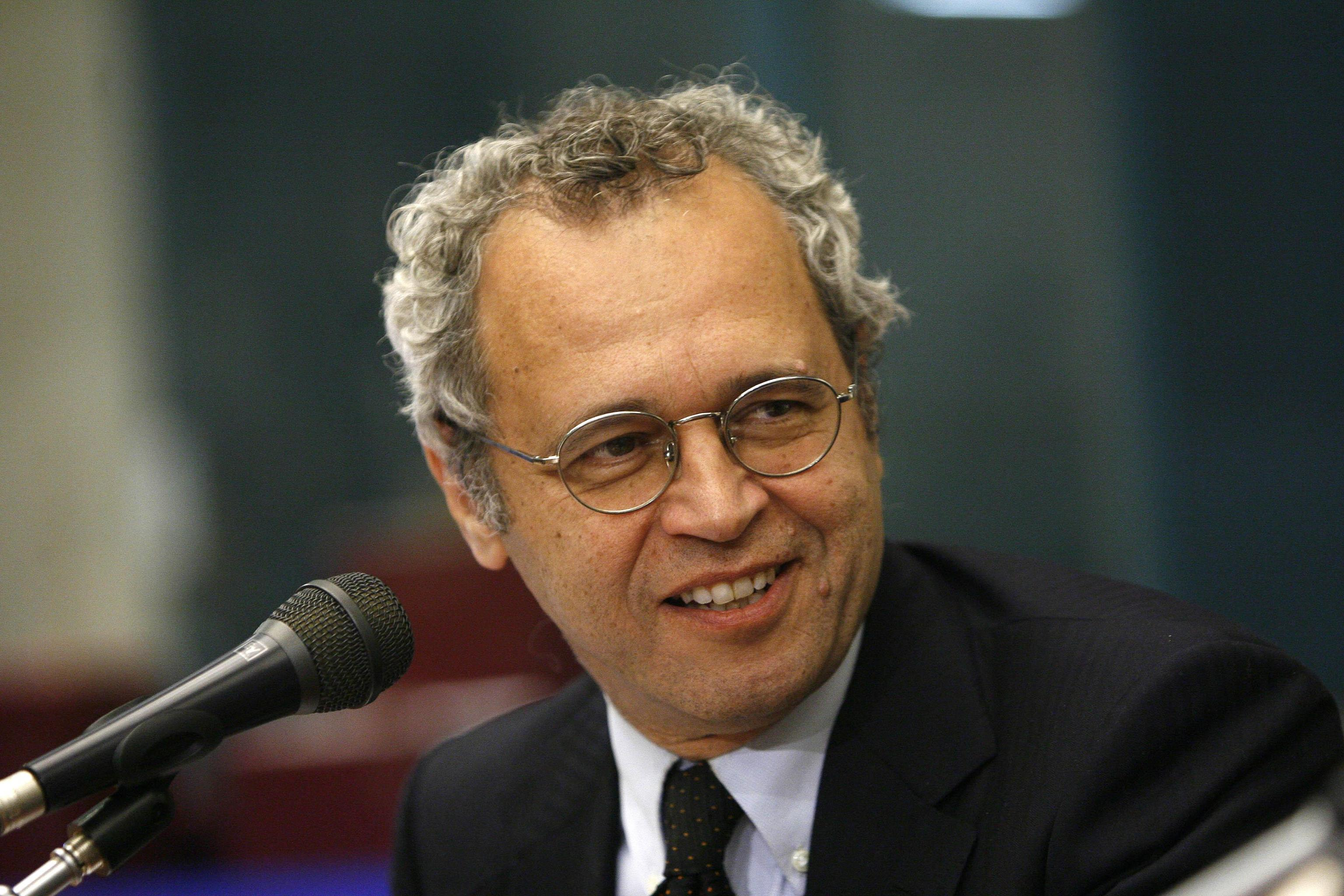 Stasera in tv Enrico Mentana