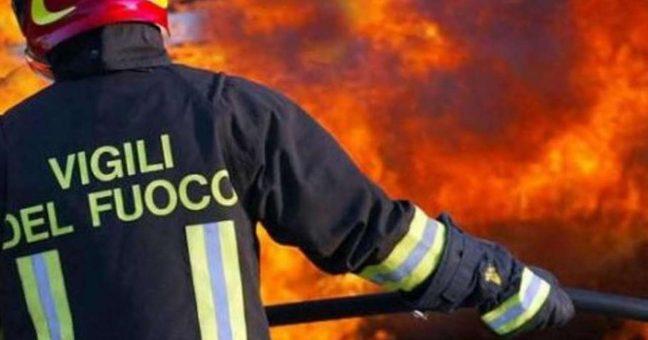Grande incendio in una riserva naturale dell'Ennese –