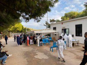 Lampedusa, 115 persone lasciano l'hotspot