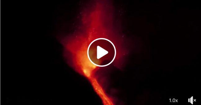 Etna, ancora spettacolo, eruzione nella notte