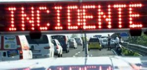 A19 Palermo-Catania: traffico bloccato a causa di un incendio