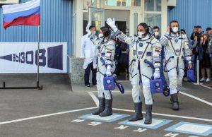 Cinema: primo film girato nello spazio, troupe rientra sulla Terra