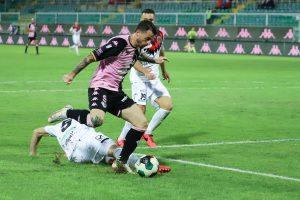 Turris-Palermo 2-0: Leonetti allo scadere dei 45′ raddoppia LIVE